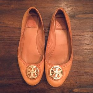 Tory Burch Flats - Camel Leather